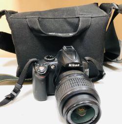 Nikon D5000 SLR Camera
