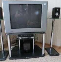 ТВ з Tv-тумбою samsung для домашнього кінотеатру