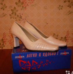 pantofi din piele alb p38 toc 8 cm f.PRINCE FLOWER