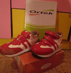 Ortopedik Spor Ayakkabıları