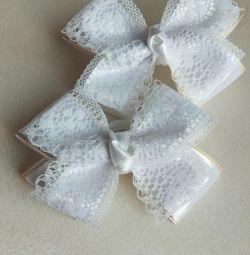 Gum bows