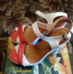 Yeni deri sandalet р.39-40