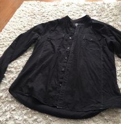 Θα πουλήσω ένα μοντέρνο πουκάμισο μαύρο
