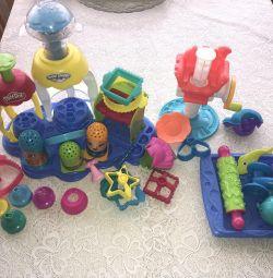 2 seturi de Play-Doh