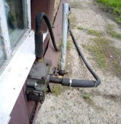 Pompă pentru pomparea apei și gsm manual