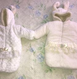 Overalls for twins for discharge