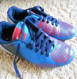 WBL Kids Soccer Shoes