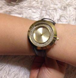 Bayan saatler AVON'dan yeni