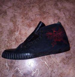 Стильні зимові черевички