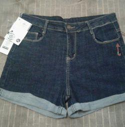 Shorts new 44-46
