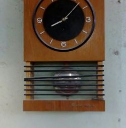 Wall clock of the USSR