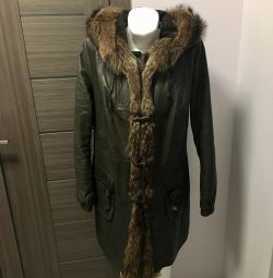 Leather jacket with raccoon fur 48-50 r