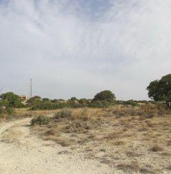 Domenii în Agios Tychonas