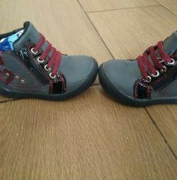 Ботинки демисезонные на девочку 13 см
