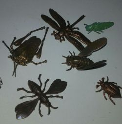 Insecte. Patch pe haine