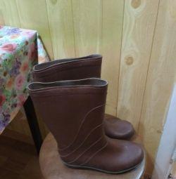 Καουτσούκ μπότες για τις γυναίκες