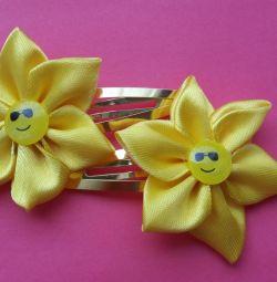Smiley hair clips