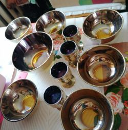 Wineglasses with bowls