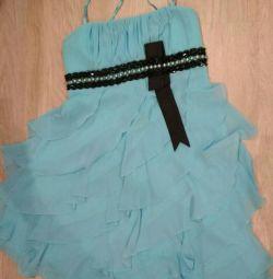 Плаття на випускний або весілля