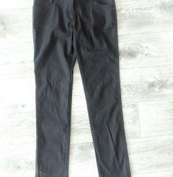 Pantaloni negri întinși 44-48