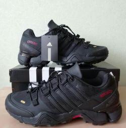 Кроссовки Adidas Terrex R2