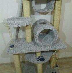 Когтеточка для кішки, комплекс з будиночком і трубою