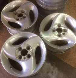 Three alloy wheels 13 vaz