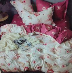 ? Linen satin 2.0 double sofa bed