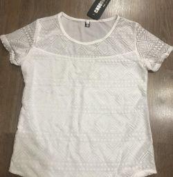 Women's T-shirt new 44 size