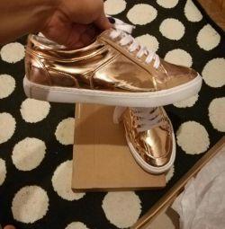 Sneakers asos unisex 41-42.steel 26,5 gold new