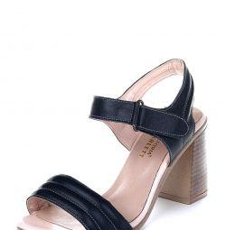 Sandale noi din piele autentică, mărime 39