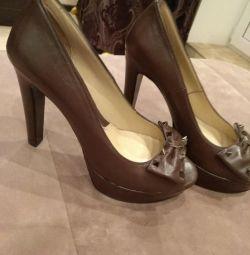 Yeni yaratıcı ayakkabılar