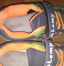 Children's sneakers 36r