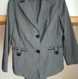 Women's trouser suit. 52-54