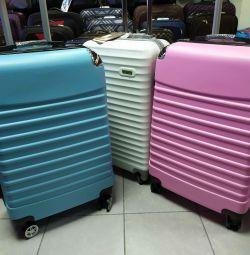 Plastik valizler. Cascade butik 239