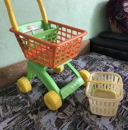 Візок та корзина для супермаркету