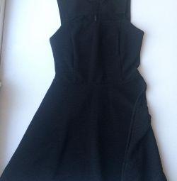 Μαύρο φόρεμα Miss Selfridge