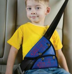 Arabada bebek festivali için kemer tutucu