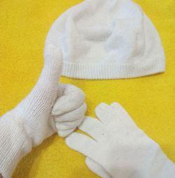 Берет+ перчатки.