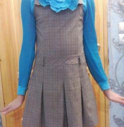 Uniformă școlară: sarafan