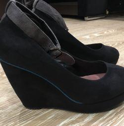 Pantofi pentru platforme