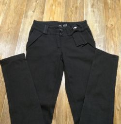 pantaloni calzi