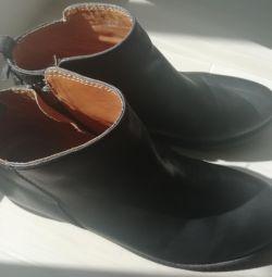 Kurt Geiger Leather Shoes
