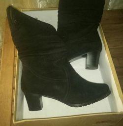 Γυναικείες χειμωνιάτικες μπότες γυναικών p.40