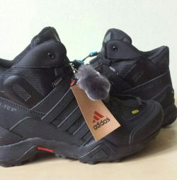 Кроссовки Adidas Terrex Натуральный мех