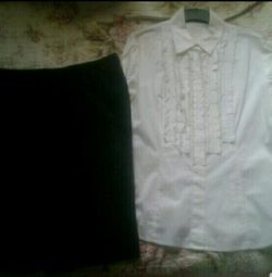 Нова спідниця, майка і сорочка