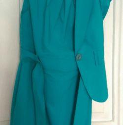 Δύο: φόρεμα + σακάκι