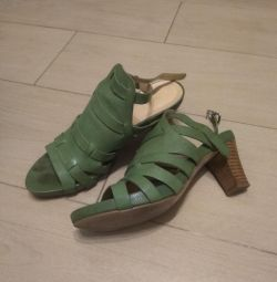 Sandals leather, size 37