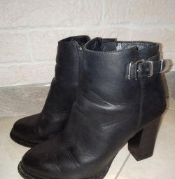Μισό μπότες