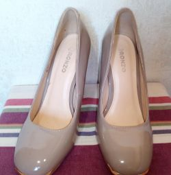 туфлі р.35